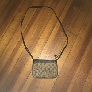 Gucci purse , almost brand new only used few times
